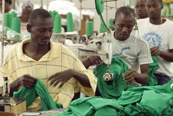Рабочие швейной фабрики на Гаити. Фото ООН