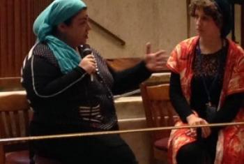 Активистки c Северного Кавказа демонстрируют, как работает социальный театр. Фото Радио ООН