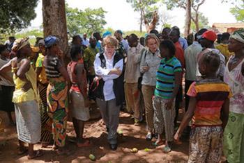 Джейн Холл Лут в ЦАР. Фото ООН