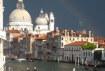Венеция. Радуга над Большим каналом. Фото ЮНЕСКО