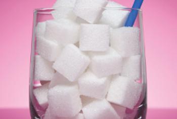 Сладкие напитки - причина ожирения. Фото ВОЗ