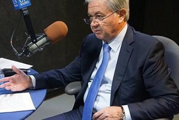 Рашид Алимов в студии Радио ООН. Фото Радио ООН
