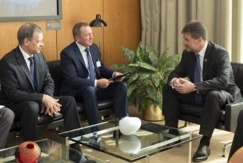 Делегация Беларуси во главе с Владимиром Макеем на встрече с Мирославом Лайчаком, Председателем ГА ООН. Фото ООН