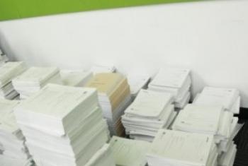 Представители стран-членов Организации постатейно изучали документ в 8 тысяч страниц. Фото ООН