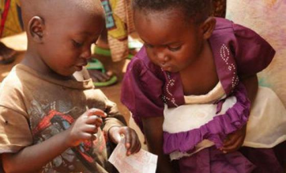 Watoto wakimbizi katika kambi moja nchini Rwanda.
