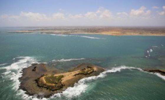 Pwani ya Kismayo Somalia kwenye bahari ya Hindi. Picha na UM/Stuart Price