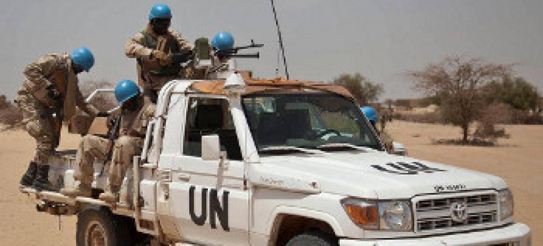 Walinda amani katika doria maeneo ya Ber, Timbuktu, Mali. Picha ya MINUSMA