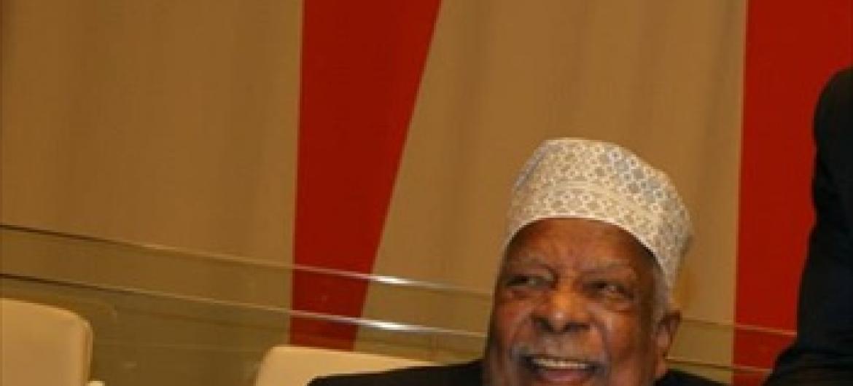 Hayati Profesa Ali Mazrui, siku ya uzinduzi wa kitabu cha Mwalimu Nyerere kwenye Umoja wa Mataifa. (Picha:UN/Idhaa ya Kiswahili)