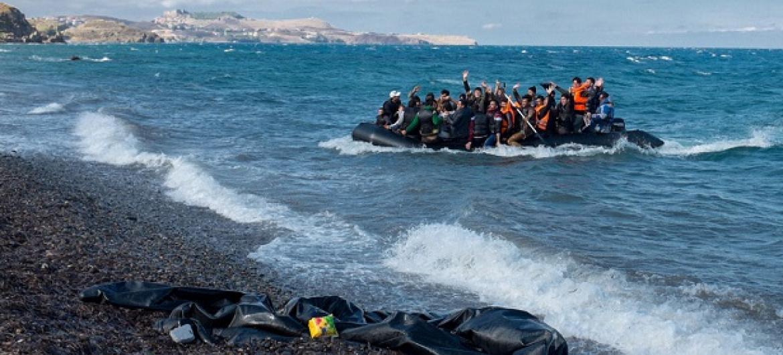 Wakimbizi wanaowasili katika visiwa vya Lesbos, eneo la kaskazini mwa Aegean huko Ugiriki.(Picha: UNICEF/Ashley Gilbertson VII)