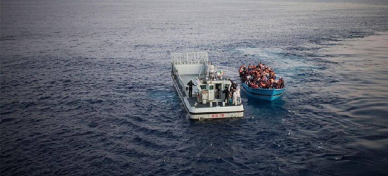 Wakimbizi wanaovuswa baharini Mediterranea kuelekea Ulaya. Picha: UNHCR/A. D'Amato