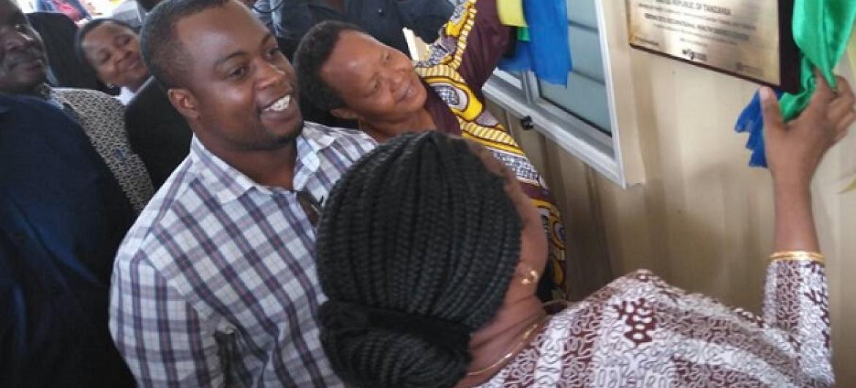 PICHA: Waziri wa Afya nchini Tanzania Ummie Mwalimu akizindua kituo hicho. Picha: Kwa hisani ya NLTP-TZ
