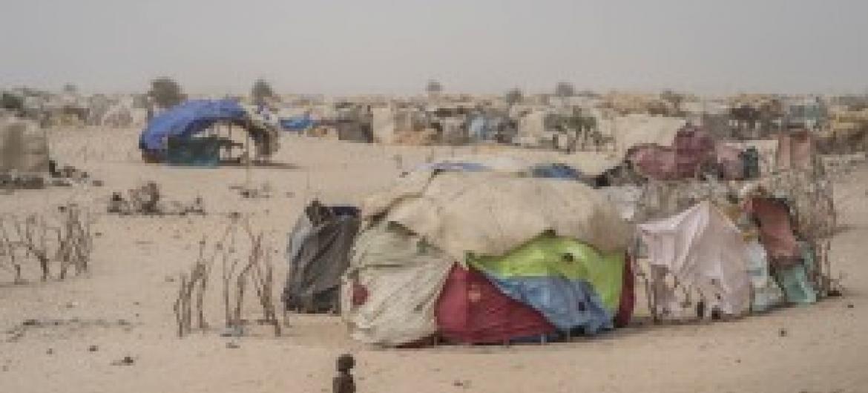 Mtoto akiwa na hali ya utapiamlo katika kambi ya wamkimbizi wa ndani ya Assaga karibu na mji wa Diffa nchini Niger.