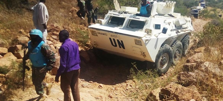 Walinda amani wa UM wapiga doria Darfur Sudan. Picha: UNAMID
