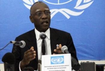 Babacar Gaye akizungumza na waandishi wa habari mjini Bangui leo 22 Mei 2014.(Picha: MINUSCA/Dany Balepe)