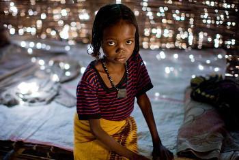 Akiwa na mwaka mmoja, Fatima alikeketwa akiwa kijijini kwake katika mkoa wa Afar, Ethiopia ambayo ina idadi kubwa zaidi ya ukeketaji. Picha: UNICEF/Kate Holt.(UN News Centre)