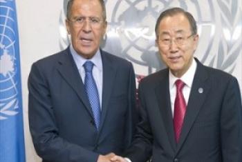 Katibu Mkuu wa UM Ban Ki-Moon(kulia) akiwa na Sergey Lavrov, Waziri wa Mambo ya kigeni wa Urusi. (Picha:Eskinder Debebe)