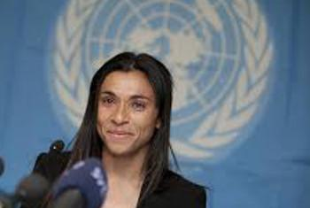 Mwanasoka wa kike Marta Da Silva. Picha: UNDP
