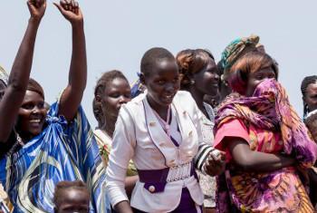 Watoto wakiwa kwenye sheree iliyoandaliwa na Ujumbe wa Umoja wa Mataifa nchini Sudan Kusini, UNMISS. Picha ya UNMISS/Mc Ilwaine