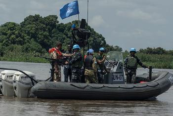 Boti ya Umoja wa Mataifa yenye jukumu la kuangazia usalama wa misafara kwenye mto wa Nile, Sudan Kusini. Picha ya UNMISS.