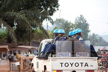 Askari wa kulinda amani (MINUSCA) kwenye doria Bangui, mji mkuu wa Jamhuri ya Afrika ya Kati. Picha:UN/ Catianne TIJERINA