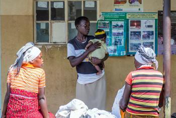Wanawake kwenye kituo cha afya, eneo la Karamoja. Picha ya UNICEF Uganda.