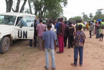Maafisa wa Umoja wa Mataifa na raia wa DRC wasikitishwa na mauaji wa polisi. Picha: MONUSCO