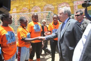Katibu Mkuu wa Umoja wa Mataifa António Guterres akiwa ziarani nchini Kenya. Picha: Julius Mwelu - UN Habitat