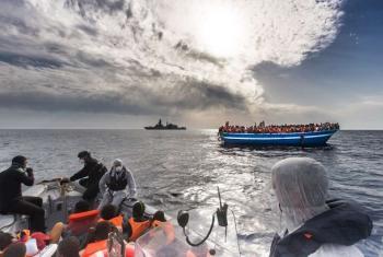 Watu wanaovuka bahari ya mediterranea kutoka Afrika kasakzini.(Picha:UNHCR)