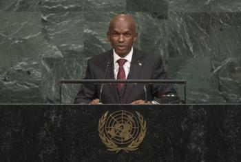 Waziri wa mambo ya nje wa Burundi Alain Aimé Nyamitwe akihutubia mjadala wa wazi wa baraza kuu la Umoja wa Mataifa mjini New York Marekani. Picha na UN Web TV.