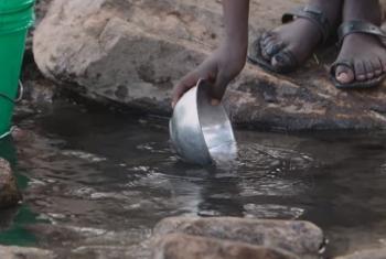 Utekaji maji nchini Tanzania.(Picha:World Bank/Video Capture)