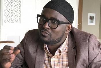 Ahmed Hadji, mjenzi wa amani na muasisi mwenza wa shirika la kiraia la jukwaa la maendeleo ya vijana wa kiislamu Uganda, UMYDF. (Picha:UN/Idhaa ya Kiswahili/Patrick Newman)