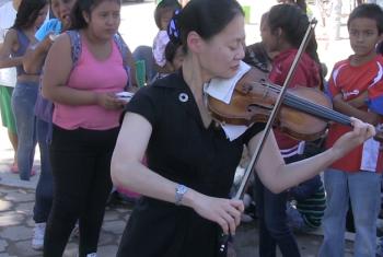 Mjumbe wa amani Bi. Midori nchini Mexico. Picha: UM/Video capture