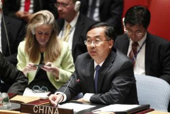 中国常驻联合国副代表王民大使资料图片。联合国图片/Loey Felipe