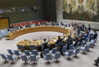 安理会以鼓掌表决方式通过推荐古特雷斯担任下届联合国秘书长决议。联合国图片/Eskinder Debebe
